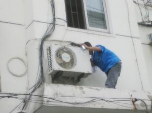 05/20去苏州高新区向阳路某企业维修空调外机